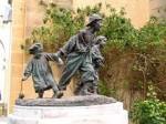 Misérables, Thélième, île de Ré, enfants du désert, amis de Victor Hugo